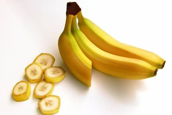 Batido de plátano con avena para bajar de peso