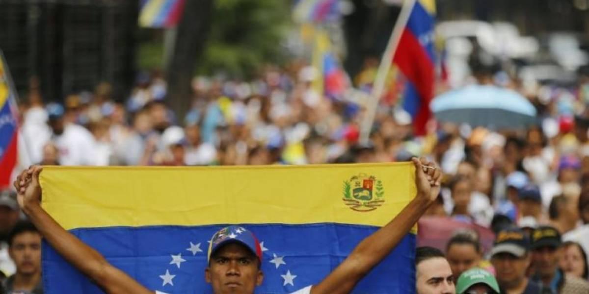 Venezuela: la oposición vuelve a la calle y eleva presión para exigir el respaldo de las Fuerzas Armadas