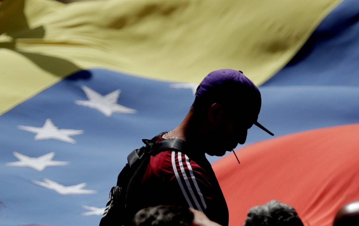 Guaidó participa en concentración contra gobierno de Nicolás Maduro, en Caracas