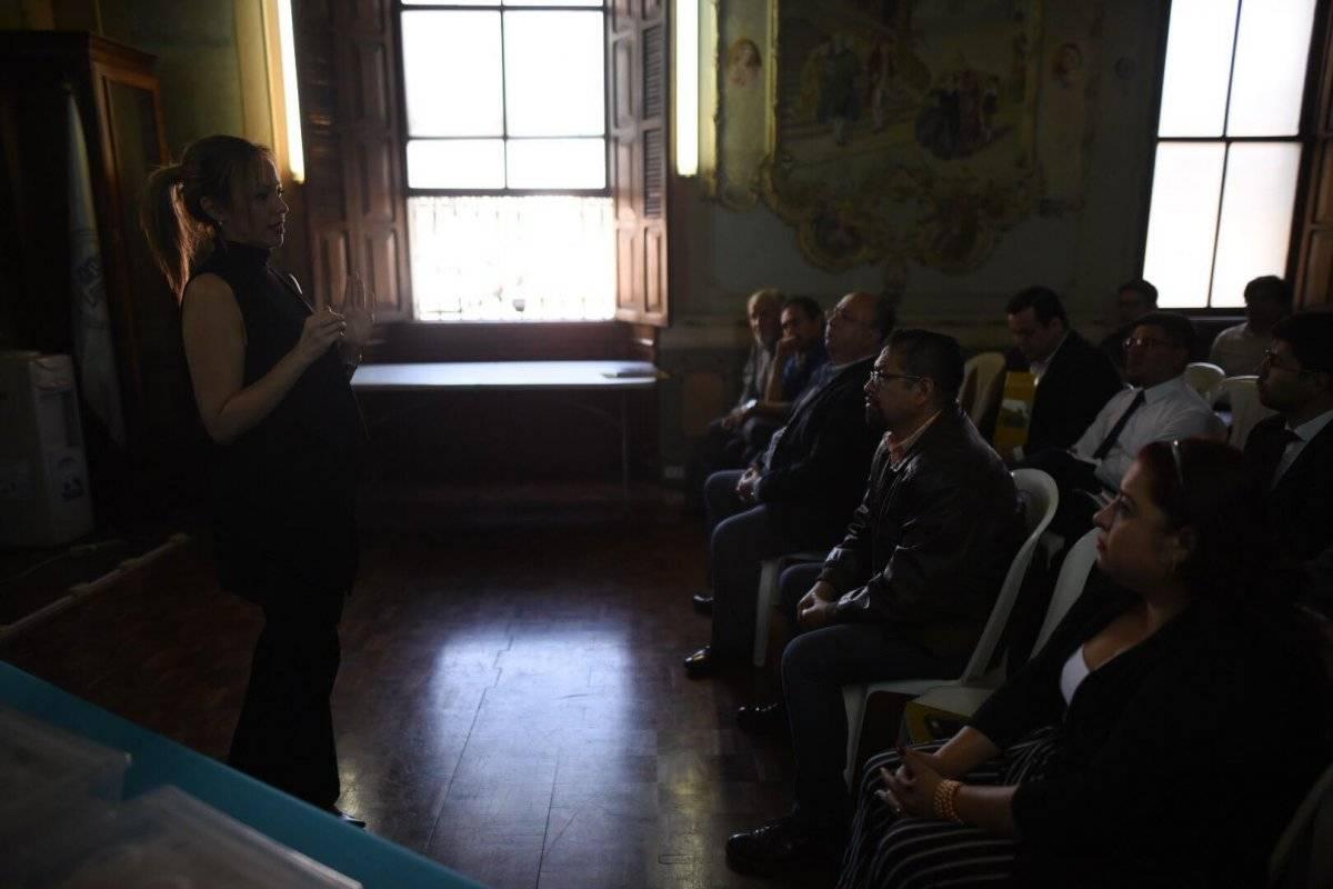 Rosa María Bolaños y partidos políticos