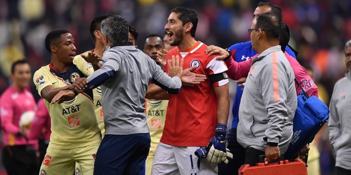 Jesús Corona pide a la afición de Cruz Azul olvidar la final ante América
