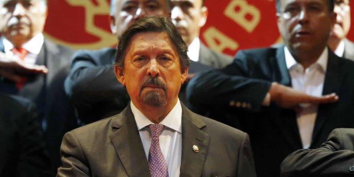 Napoleón Gomez Urrutia crea nueva central sindical