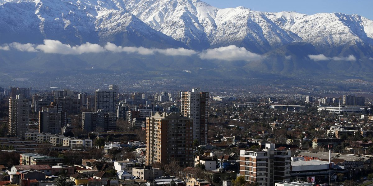 Islas de calor urbano: así el desarrollo inmobiliario en Santiago nos cocina a fuego lento
