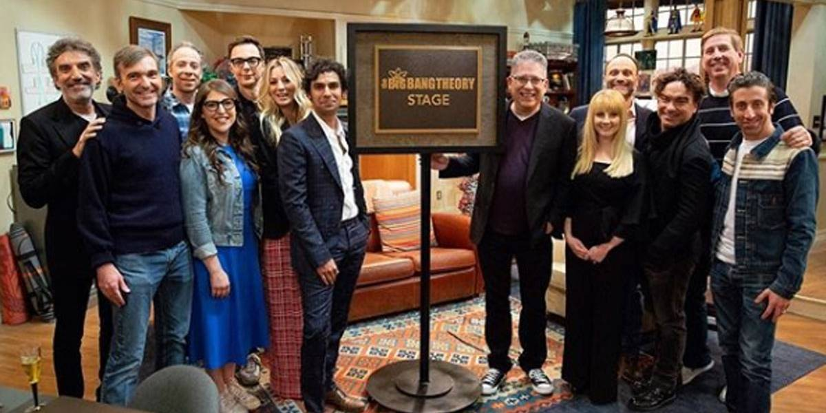Despedida Big Bang Theory: Elenco fecha tradição de flash mob nos bastidores com 'clássico' dos Backstreet Boys