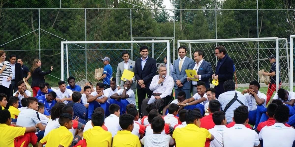 Lenín Moreno felicitó a los campeones del Sudamericano Sub 20 en la Casa de la Selección