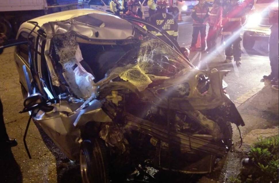 Un joven falleció en accidente en la Simón Bolívar, sector Ludoteca