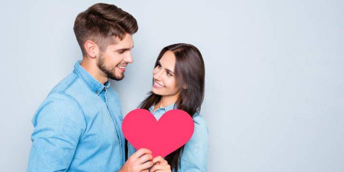 """Cosas que puedes hacer """"de emergencia"""" para celebrar el Día del Cariño con tu pareja"""