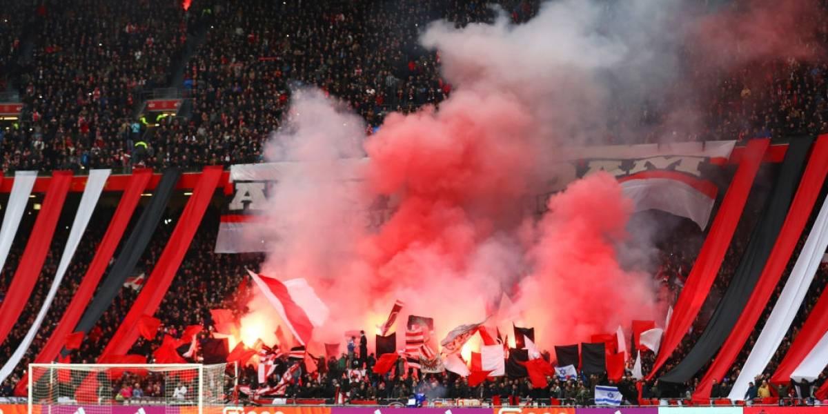 No es sólo en la Libertadores: Ultras del Ajax lanzaron fuegos artificiales y no dejaron dormir al Real Madrid