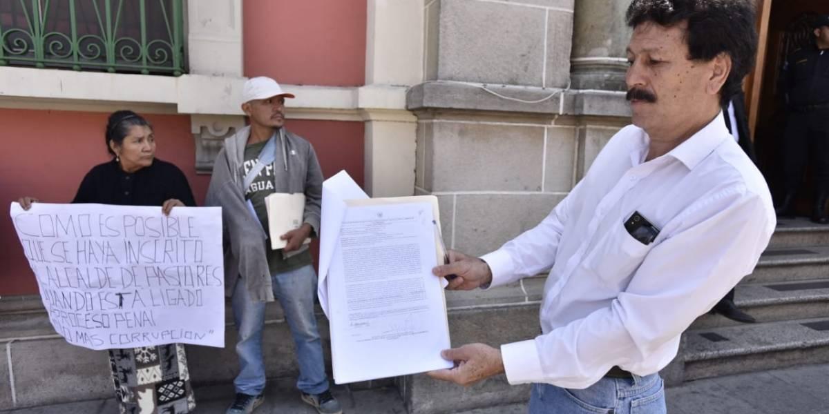 Piden revocar la inscripción del alcalde de Pastores en Sacatepéquez