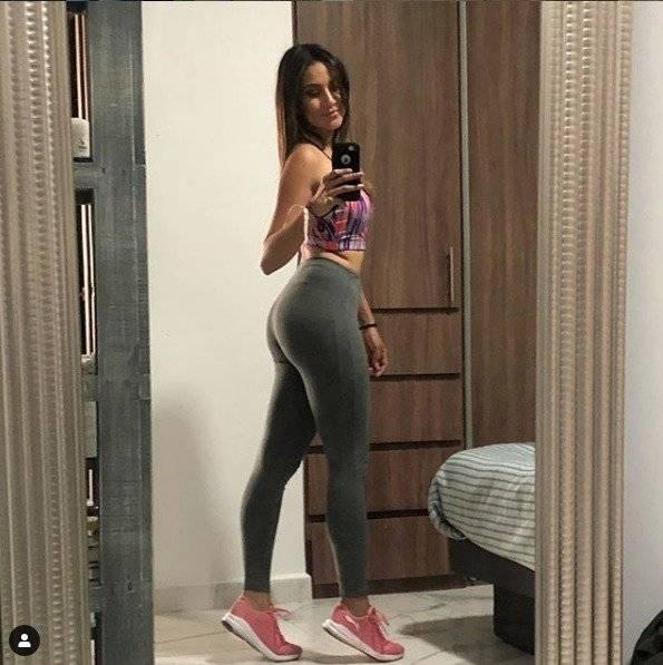 Instagram: marycarmenlara_