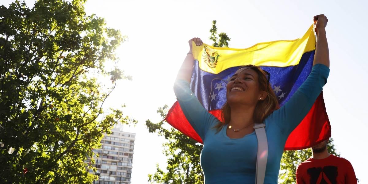 Venezolanos ocupan el primer lugar de inmigrantes en Chile, superando por primera vez a los peruanos