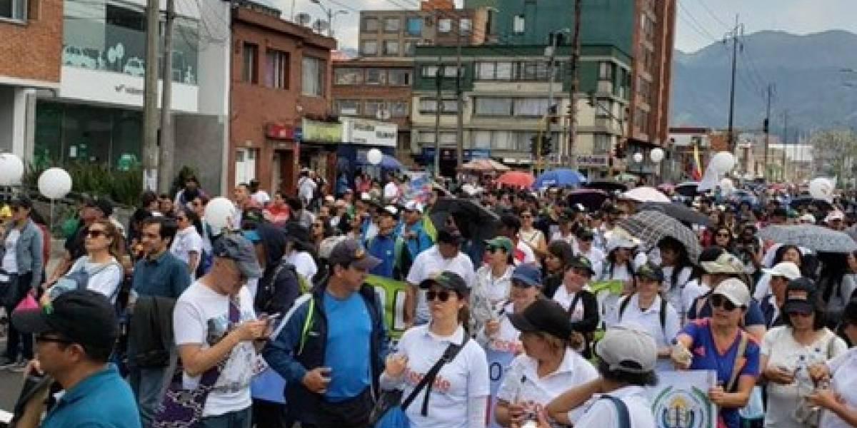 Marchas terminaron en disturbios en la Plaza de Bolívar de Bogotá