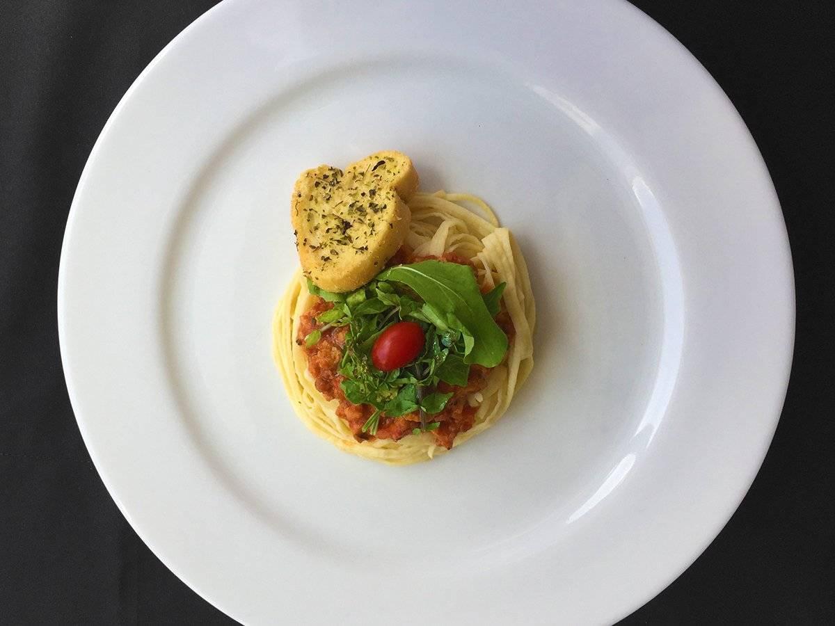 Fetuccini con salsa pomodoro