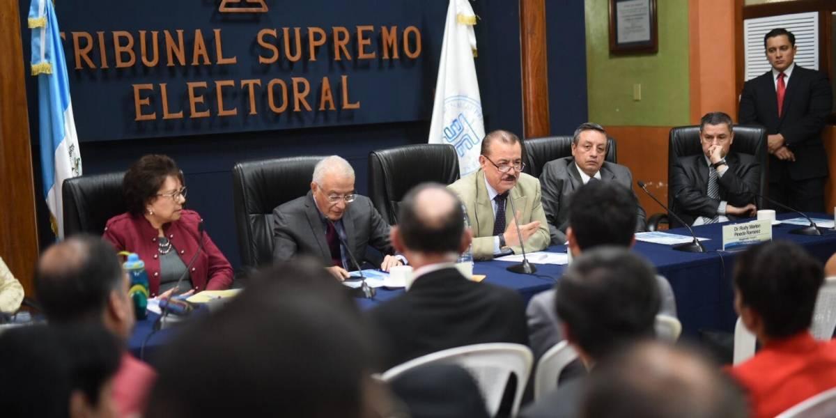TSE acatará resolución que ordena inscripción de Zury Ríos