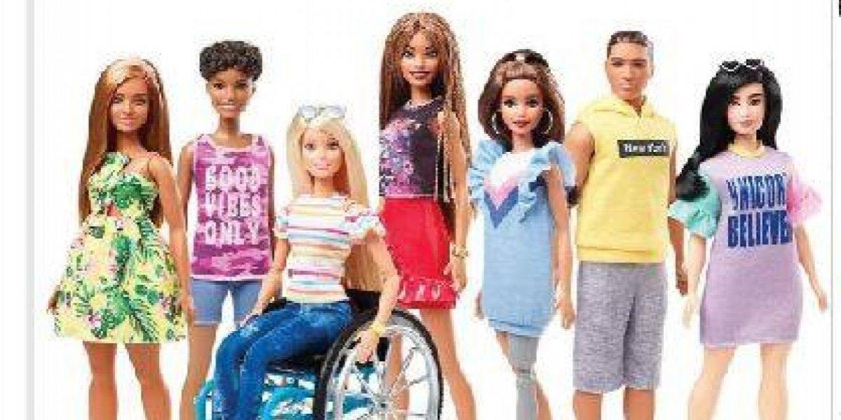Barbie presenta con discapacidad