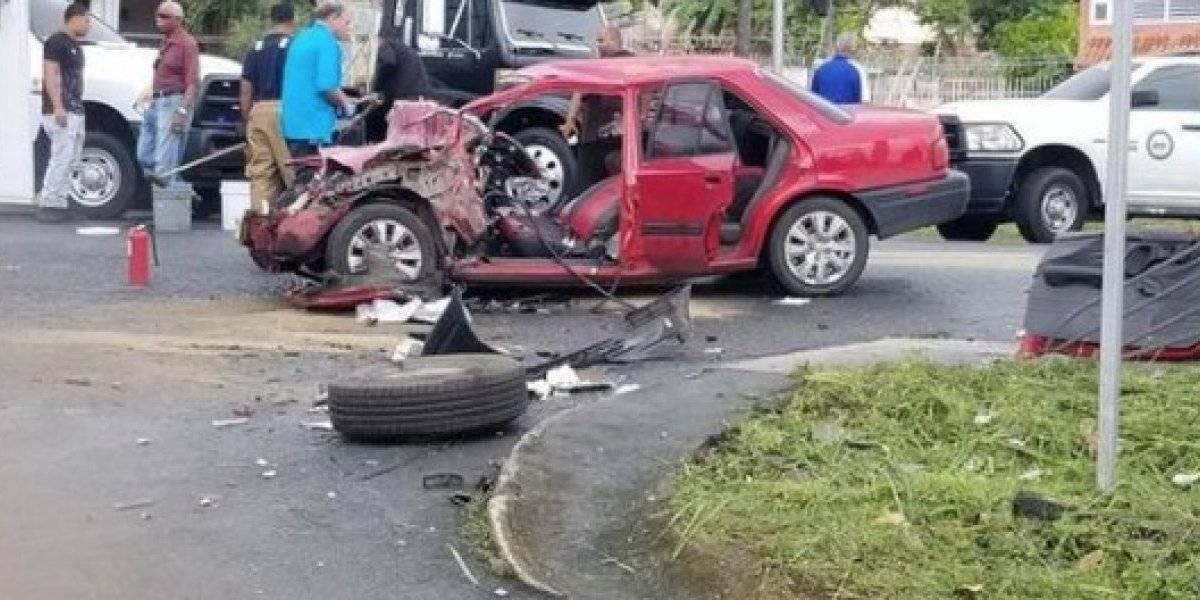 Con heridas leves turistas de crucero involucrados en choque camino a El Yunque