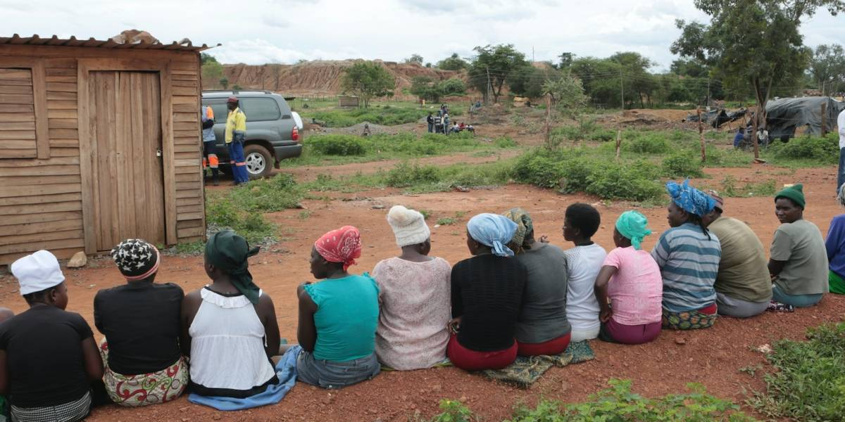 Se teme muerte de decenas de mineros atrapados en Zimbabue