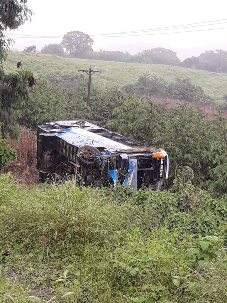 Accidente de tránsito en la vía Rocafuerte-Tosagua