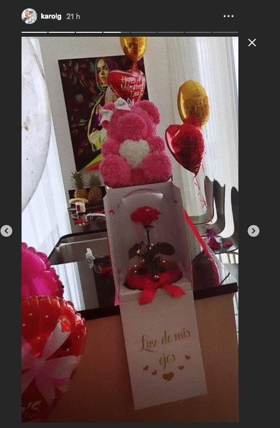 La espectacular sorpresa que le dieron a Karol G por San Valentín y su cumpleaños Captura de pantalla