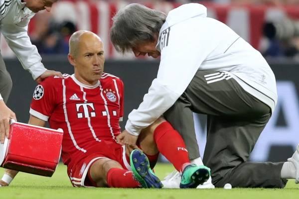 El jugador holandés aún no le encuentra respuesta a su padecimiento /Imagen: Getty Images
