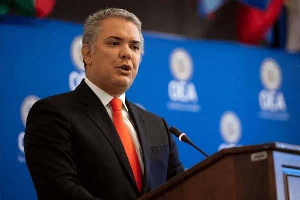 Diosdado Cabello lanzó fuerte recomendación a Iván Duque