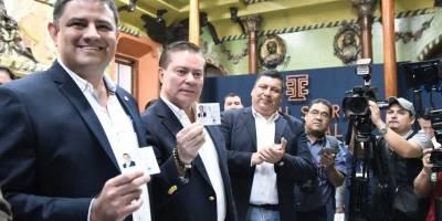 Mario Estrada y Javier Castillo, binomio presidencial de UCN