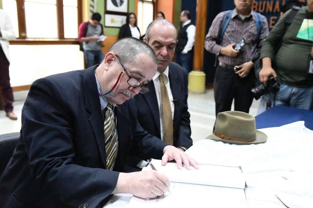 Roberto Villeda es el compañero de fórmula de Pablo Duarte. Ambos esperan ganar las elecciones de 2019. Foto: Omar Solís