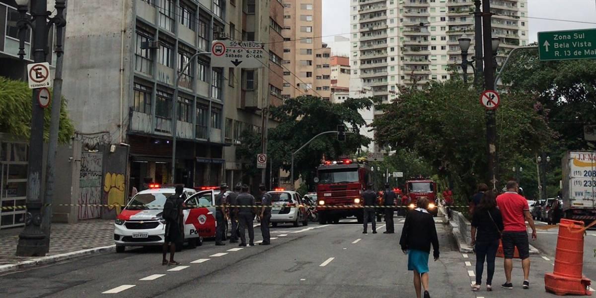 Incêndio em prédio na República deixa um morto