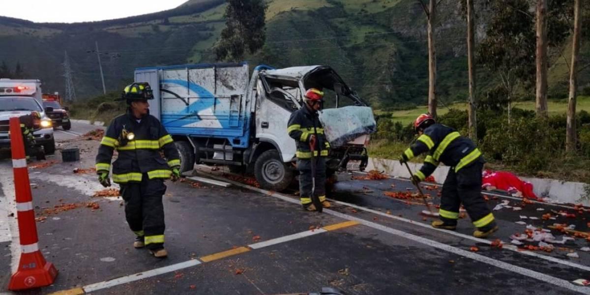 Una persona fallecida tras accidente de tránsito en la vía Pifo- Papallacta