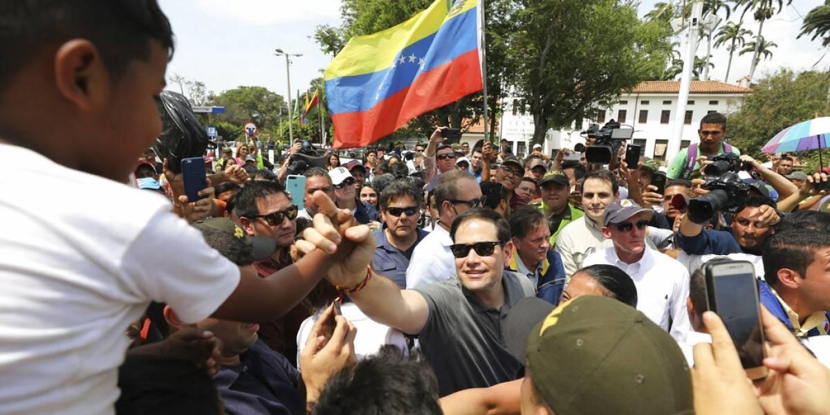 Marco Rubio llega a Colombia para coordinar ayuda a Venezuela
