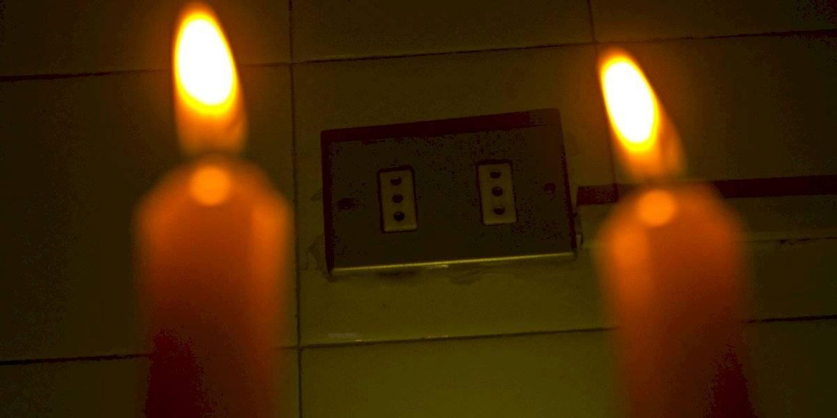 Más de la mitad de Venezuela pasa la noche sin luz: Caracas y 12 estados de 23