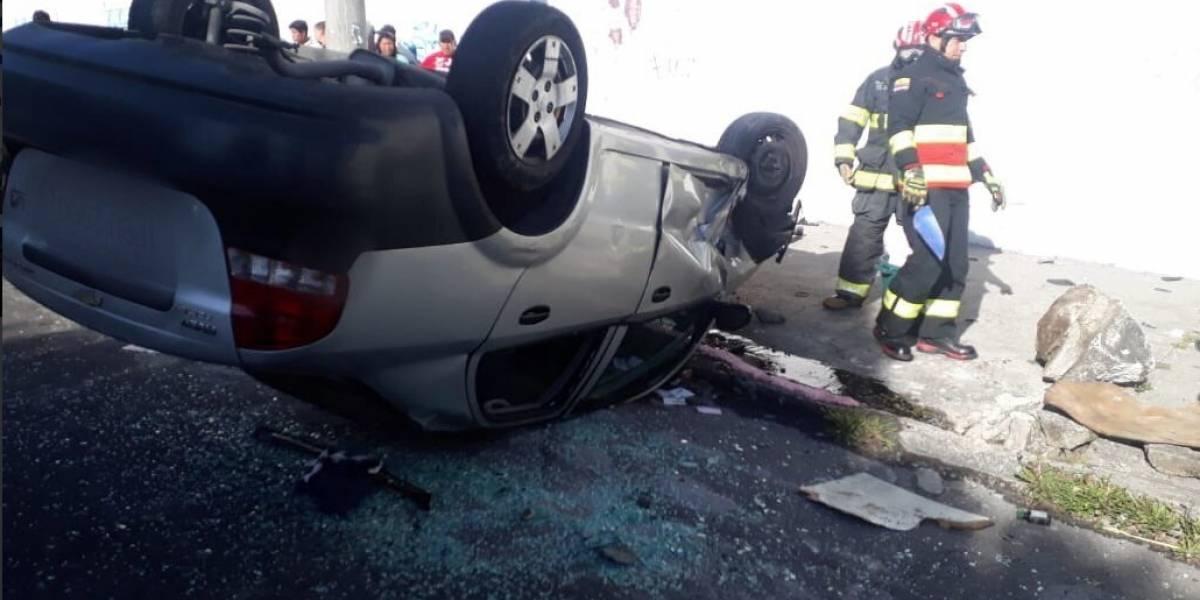 Quito: Cuatro heridos por accidente de tránsito en la Eloy Alfaro