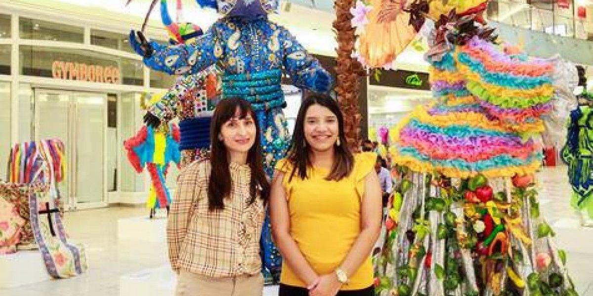 """#TeVimosEn: Luis Rivas expone """"Carnavales de mi Tierra"""" en Ágora Mall"""