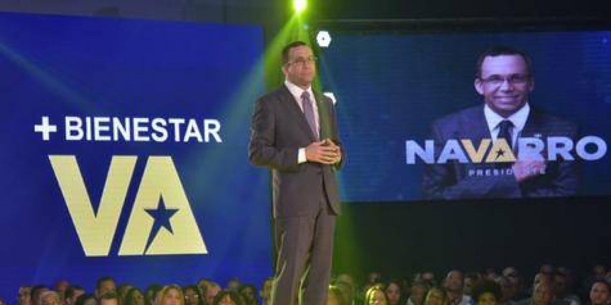 Navarro renuncia a Educación y es precandidato presidencial
