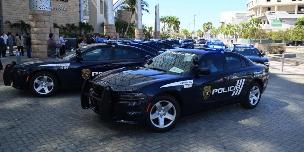 Rosselló entrega 86 nuevas patrullas a la Policía