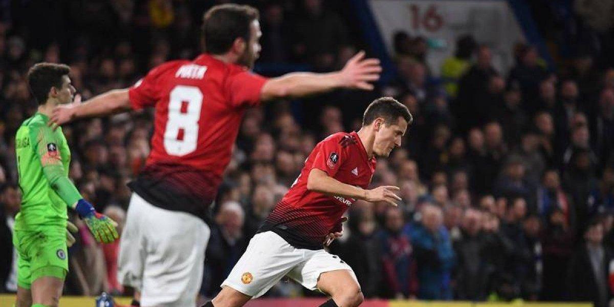 El Manchester United gana en patio ajeno y elimina de la Copa FA al Chelsea