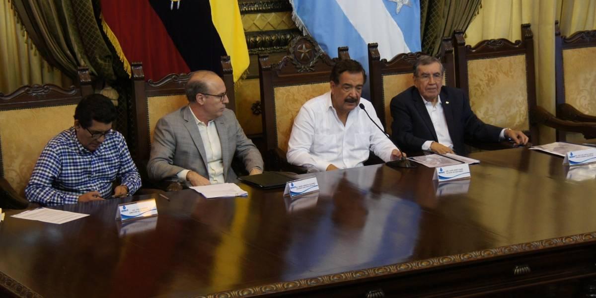Aprobación de crédito de la AFD para alcantarillado sanitario en Guayaquil