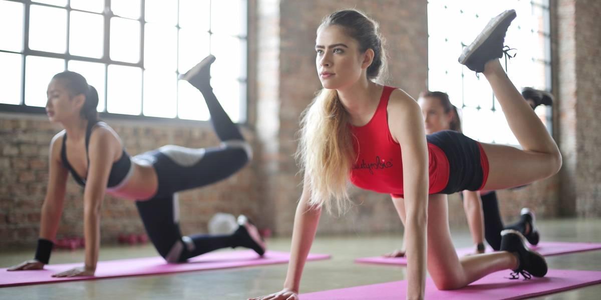 Sólo para mujeres blancas: creó el grupo de yoga y las personas están indignadas por la discriminación