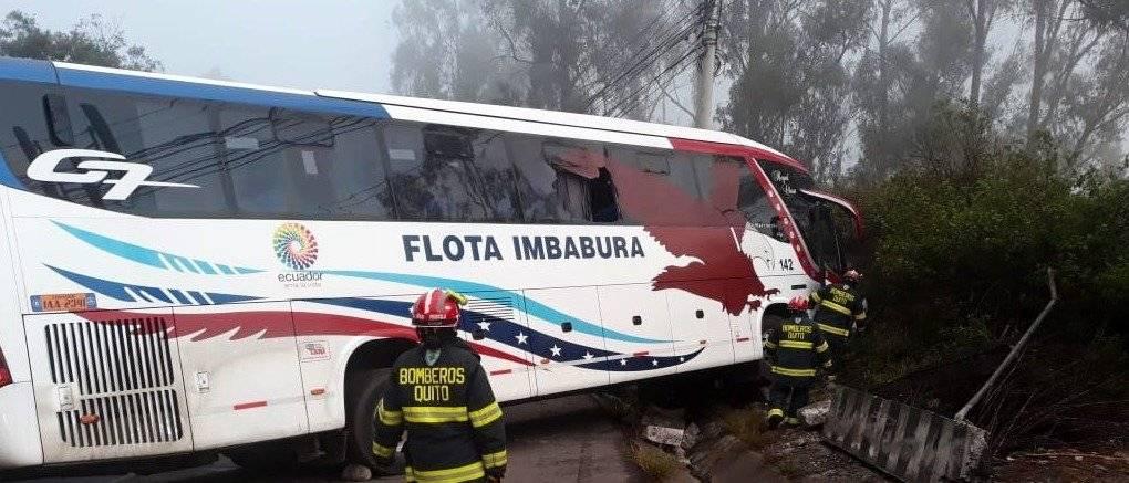 bus se accidentó en la avenida Simón Bolívar y De los Conquistadores