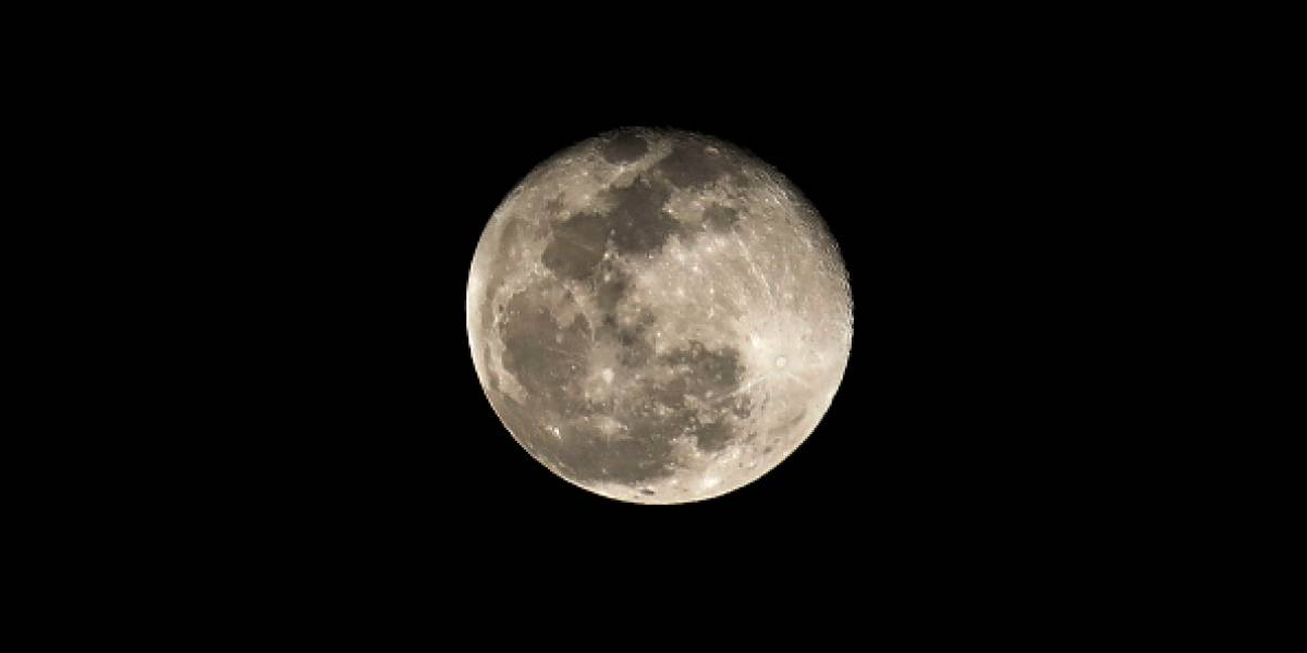"""Todo lo que necesitas saber de la """"superluna de nieve"""" ¿Se verá en Ecuador?"""