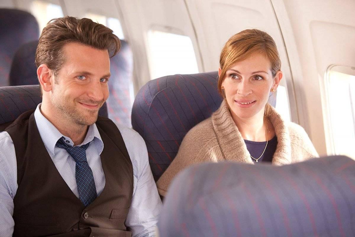 Em Idas e Vindas do Amor (2010), Cooper fez par romântico com a atriz Julia Roberts Divulgação