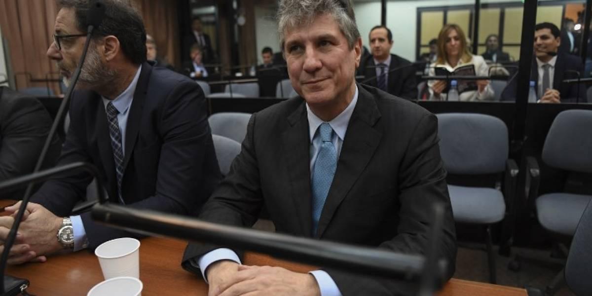 Exvicepresidente argentino vuelve a prisión por caso de corrupción