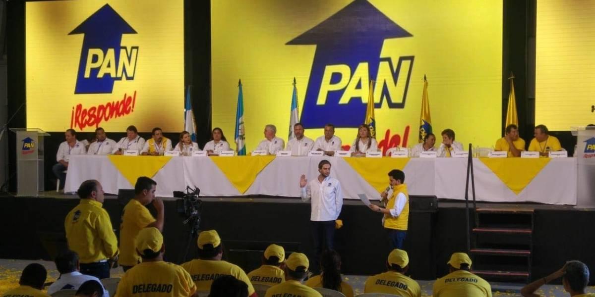 Hijo de Roberto Arzú se postula para diputado por el PAN