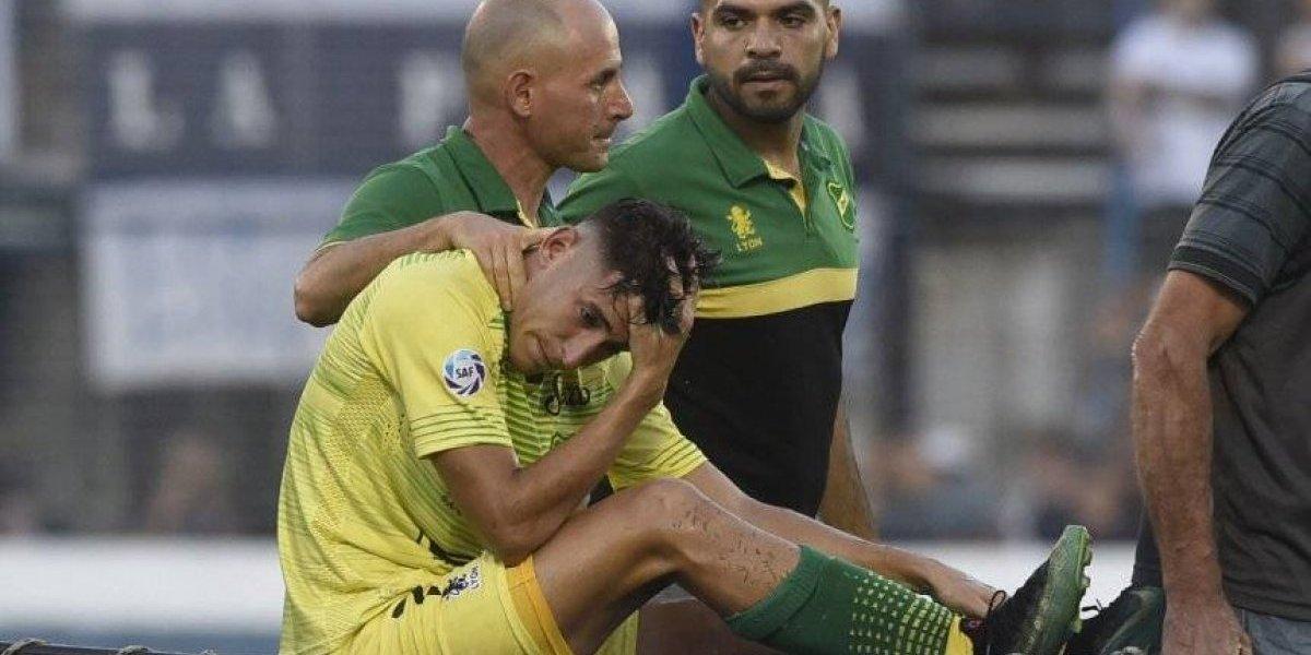 Beccacece en problemas: Delantero sufrió grave lesión y no estará en la decisiva recta final de la Superliga