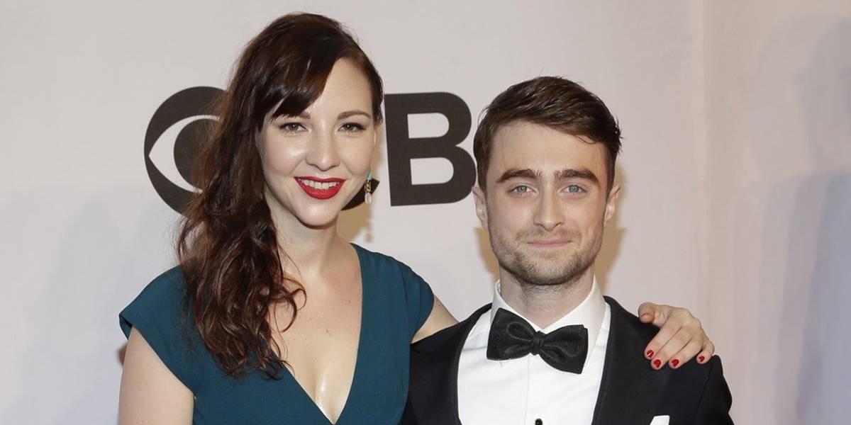 Daniel Radcliffe revela que conheceu namorada em momento nada convencional