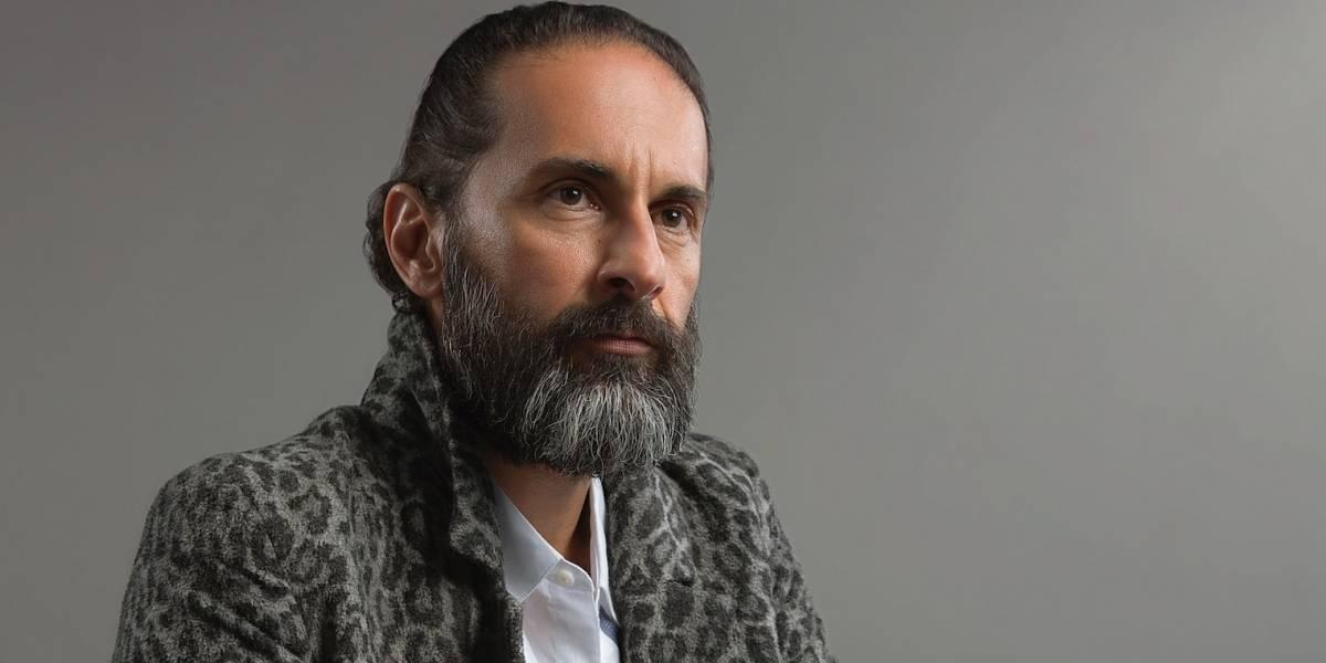 Luis Fernando Hoyos, un viajero en el tiempo en 'Siempre bruja'