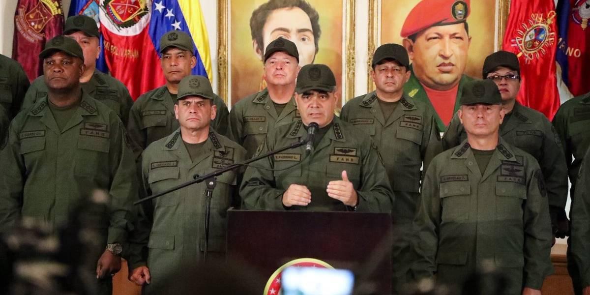 """""""Sobre nuestro cadáver"""": responde Ejército de Venezuela a Trump"""