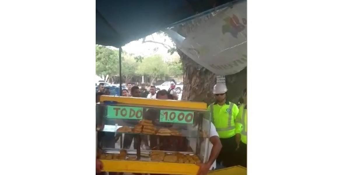 Autoridades desmontaron puesto de empanadas en operativo de espacio público