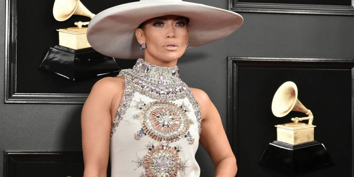 Aos 49 anos, Jennifer Lopez desfila juventude com novo clipe 'Medicine' – assista