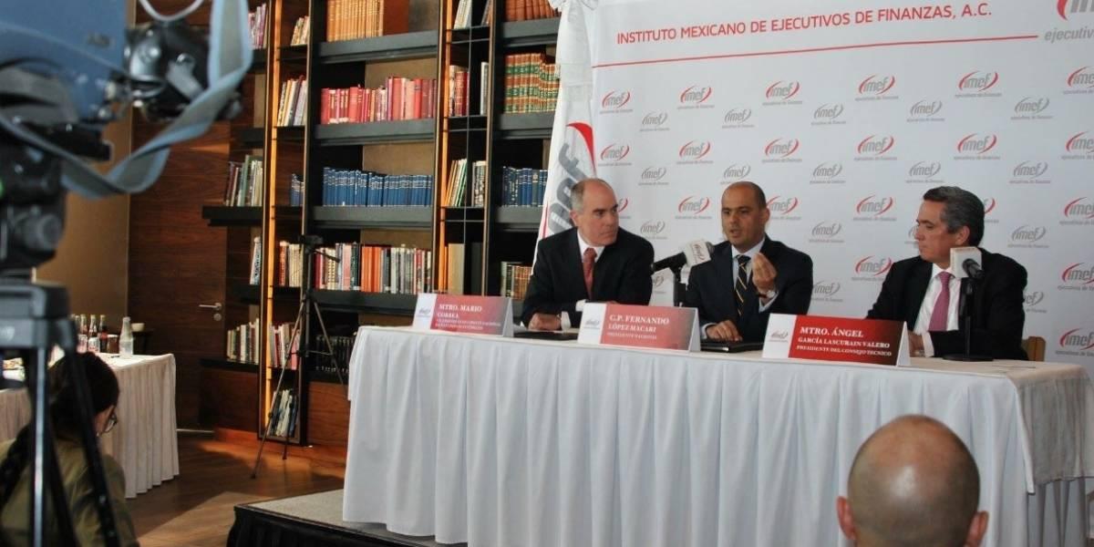 Ejecutivos de finanzas meten tijera a meta de crecimiento para México